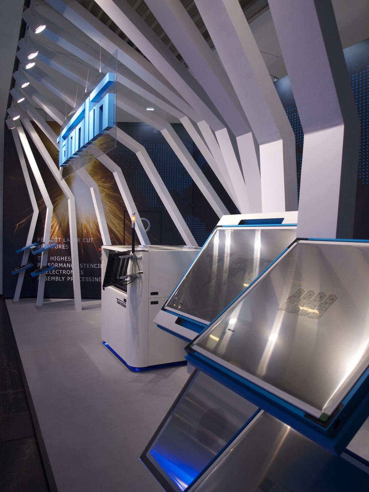 custom exhibition booth design build